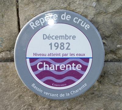 pose_reperes_crues